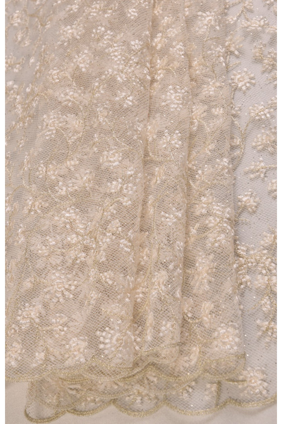 Lace with gold thread and glitter