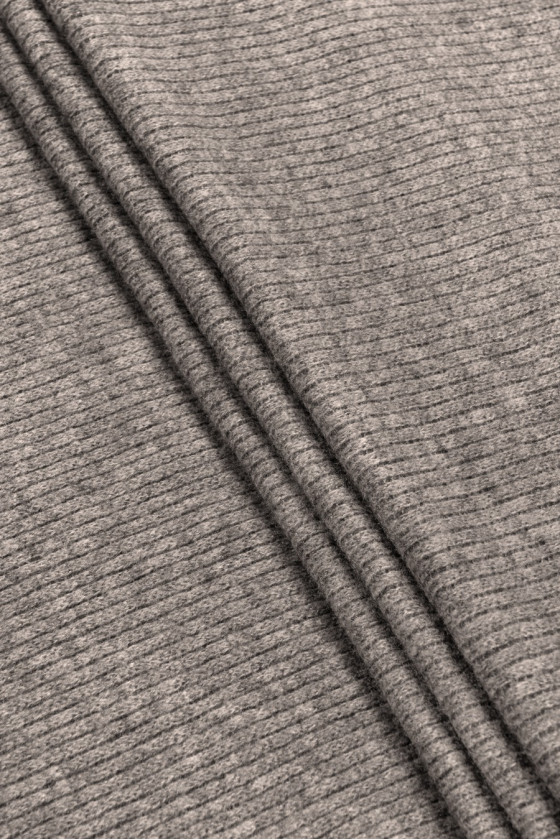 Knitted sweater gray-beige