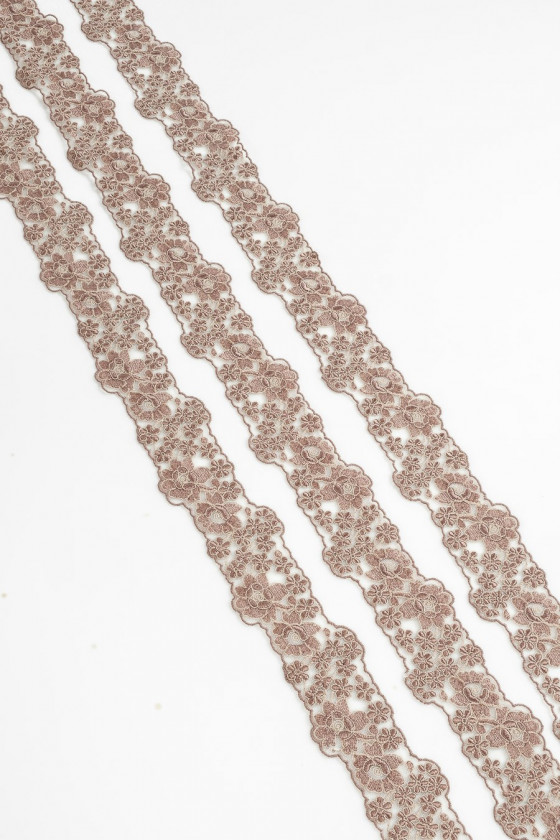 Cold beige lace tape