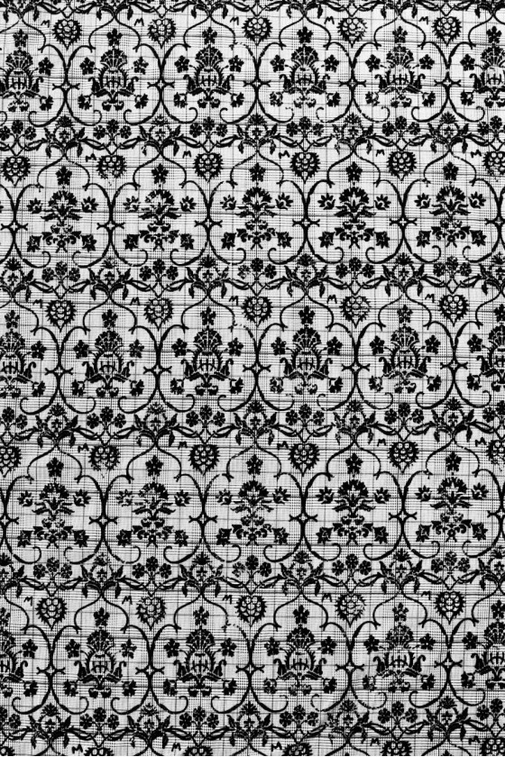 Checkered checkered design with flock pattern