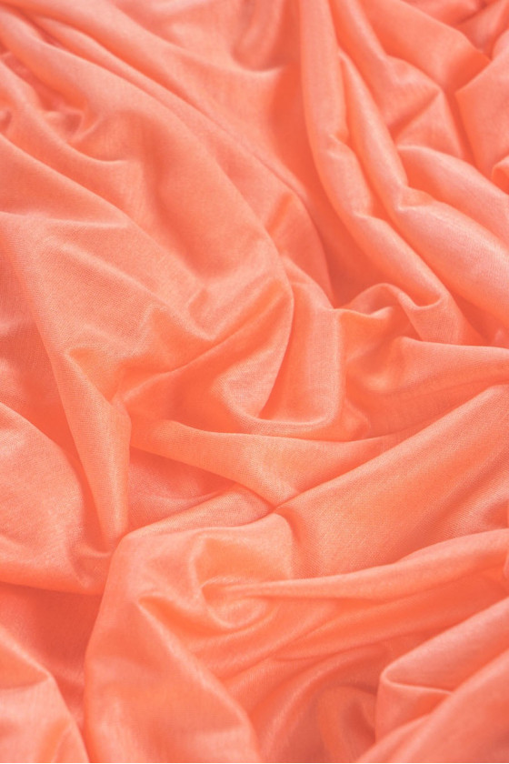 Thin knitted viscose coral