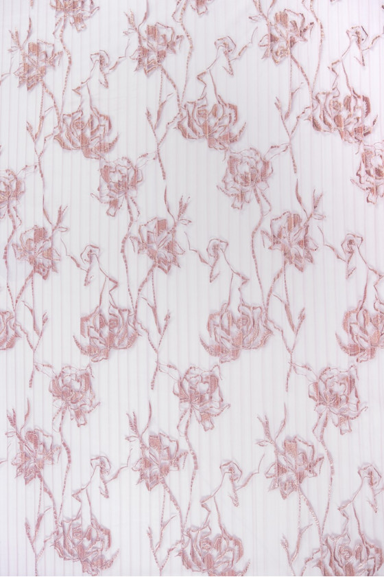 Pleated tulle with flowers dirty pink