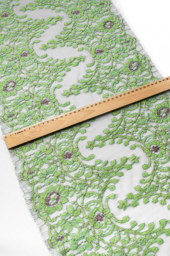 Wide green lace tape