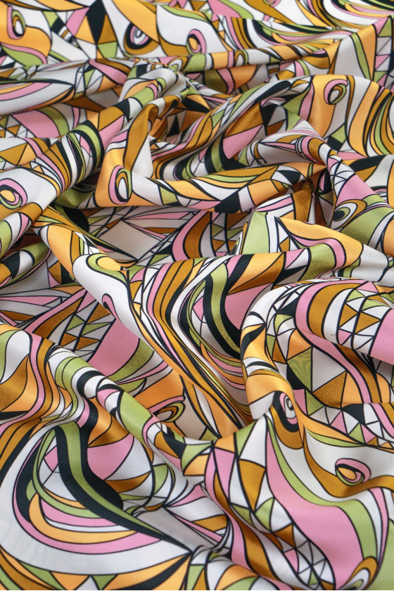 Twill silk in colorful patterns