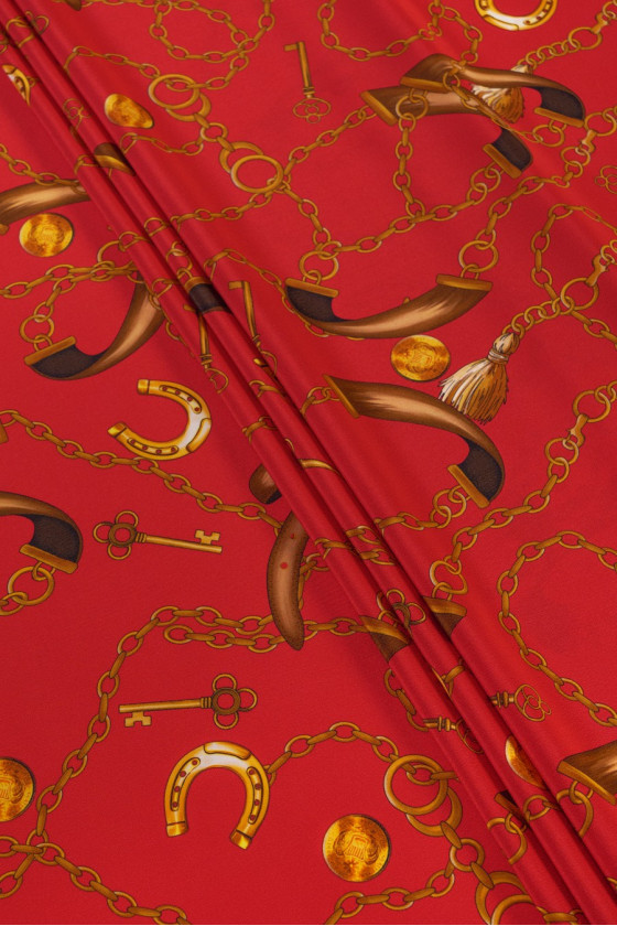Silk crepe - red in gold...