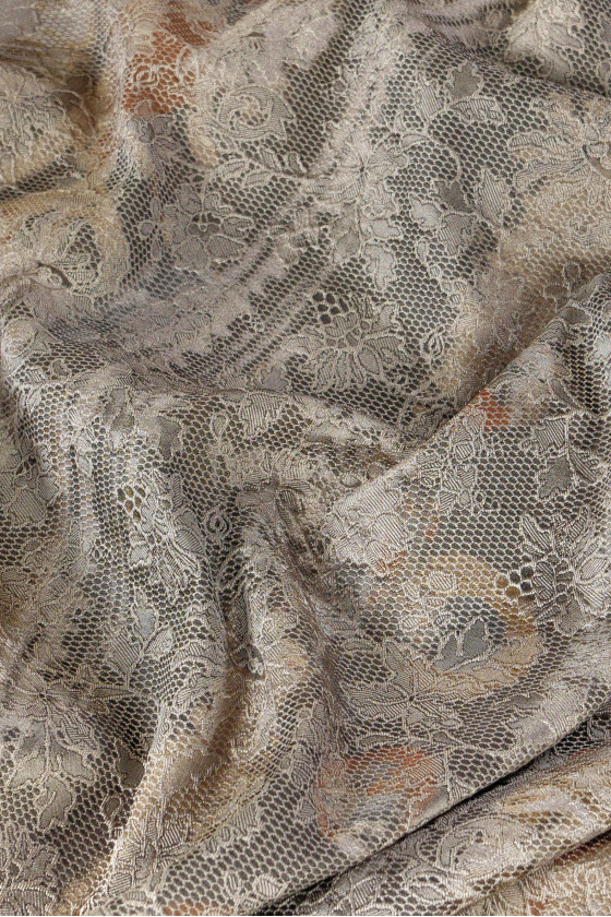 Jacquard in lace print