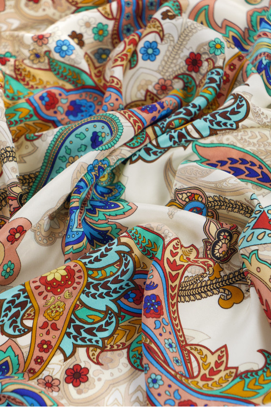 Silk crepe in colorful patterns