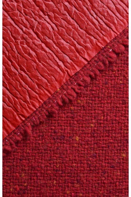 Coat wool with red membrane